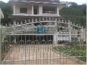 ประตูบ้านที่ถนนปุณกันฑ์